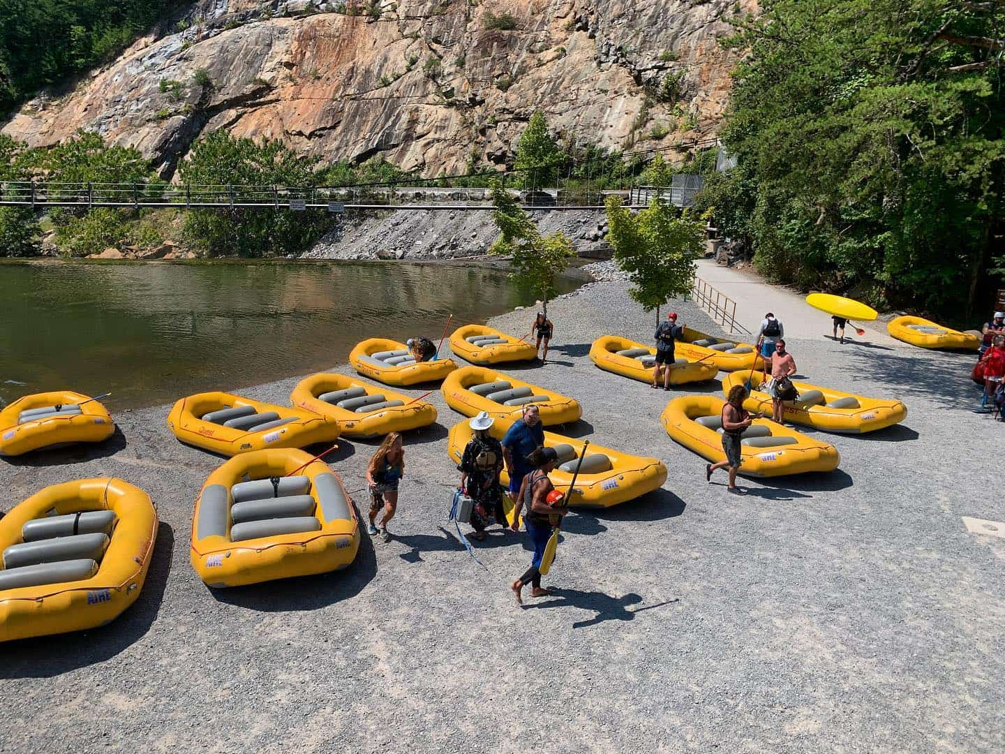 rafts on the starting point